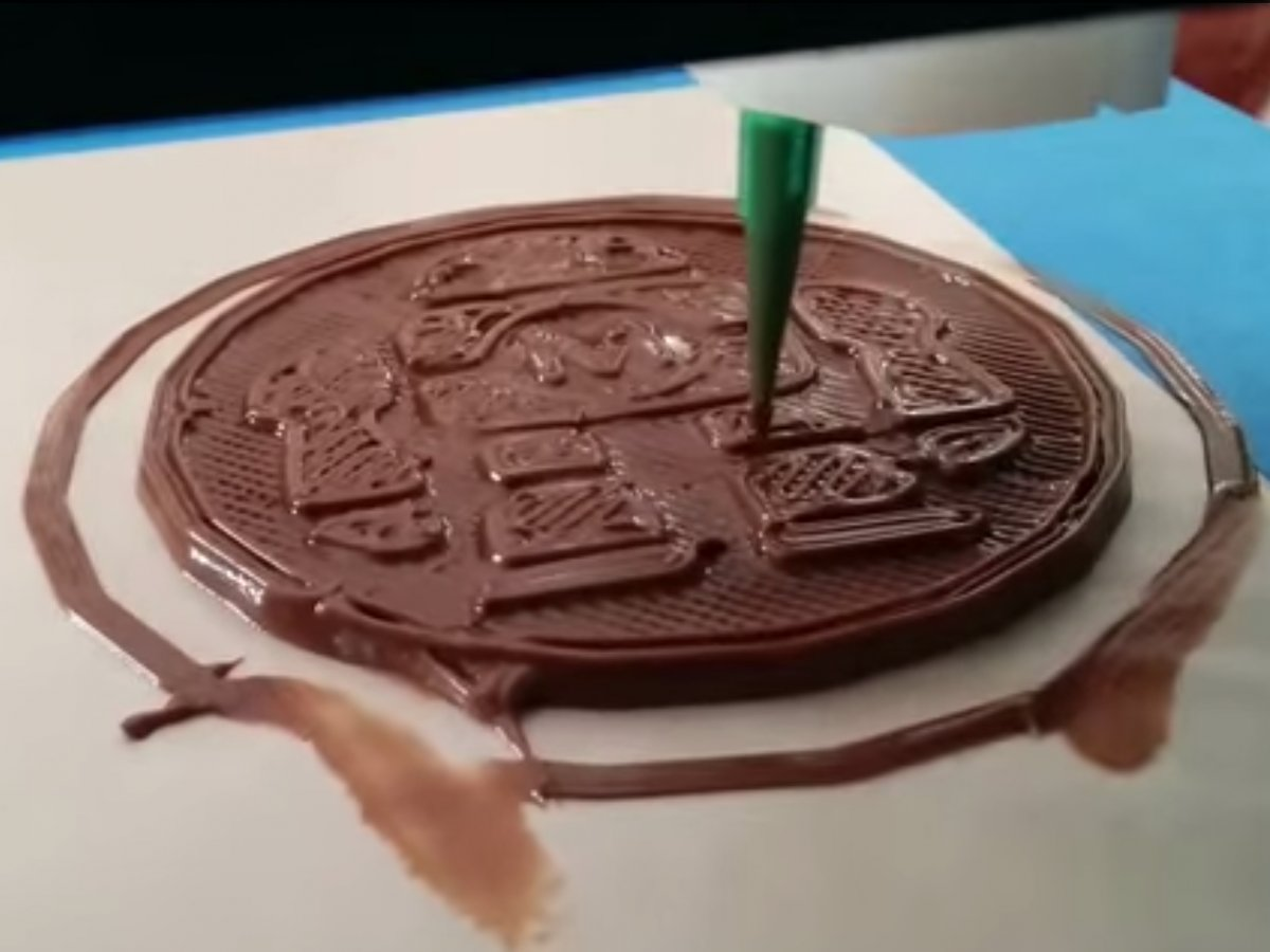 3d yazıcı çikolata yemek